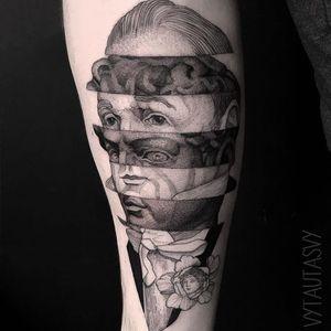 Portraits in stone and line. Tattoo by Vytautas Vy #VytautasVy #mashuptattoos #mashup #blackandgrey #linework #etching #sculpture #stonework #flower #portrait