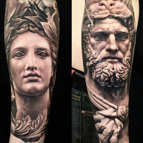 Impressive pieces by Sergio Sanchez #blackandgrey #greekmythology #statue #sergiosanchez