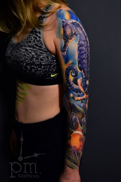 Amazing work from our tattoo - artists Mike and Polly #Seahorse #seaworld #sea #ocean #OceanTattoos #seatattoo #amazingtattoo #ink #inked #seacreature #Nauticaltheme #realism #realistic #realisticsea