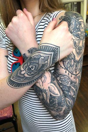 Healed black and grey stippling texture ornamental gemstone sleeve wristlet