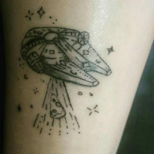 Millenium Falcon  #nerd #nerdtattoo #geektattoos #geek #starwarstattoo #starwars #milleniumfalcon #blackandgreytattoo