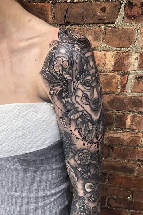 Gothic ornamental blackwerk sleeve shoulder cuff mandala