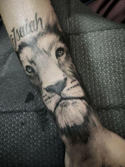 Lion tattoo I did. - #tattoo #tattoos #blackandgrey #blackandgreytattoo #lion #liontattoo #cat #bigcat #realistic #realistictattoo #realismtattoo #realism #kingofthejungle