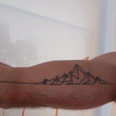 #mountain #mountains #simple #minimalist #minimalistic