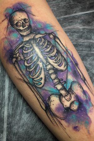•Skeleton sketck and watercolor•