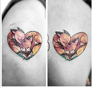 Nº675-676 #tattoo #tattoos #matchingtattoos #matchingtattoo #ink #inked #fox #foxtattoo #foxes #redfox #love #couple #stencilstuff #eztattooing #ezcartridges #dynamiccolor #eternalink #radiancolorink #cheyennetattooequipment #hawkpen #bylazlodasilva Design based on Teresa Ong's (aka @chopsticksroad ) art... follow her!