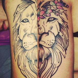 #liontattoo #flowertattoo #love #boyfriends 😍❤