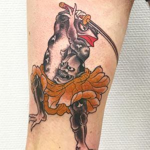 Samurai Frog. Tattoo by Junior #Junior #frogtattoos #color #irezumi #Japanese #frog #amphibien #animal #samurai #sword #hannya #hannyamask #leaves #warrior