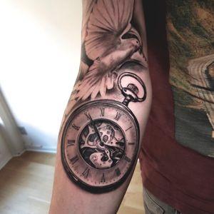 #pocketwatch #clock #time #tattoooftheday #watchtattoo #tattoopocketwatch