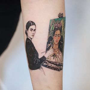 Frida painting. Tattoo by Tattoo Dam #Dam #TattooDam #FridaKahlotattoos #color #fineart #FridaKahlo #monkey #cat #hummingbird #nature #surreal #flowers #animals #painter #femaleartist #portrait