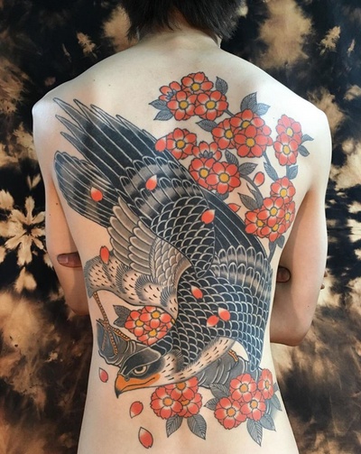 By horitsubaki #eagle #cherryblossoms #japanesetattoo #eagletattoo #horitsubaki