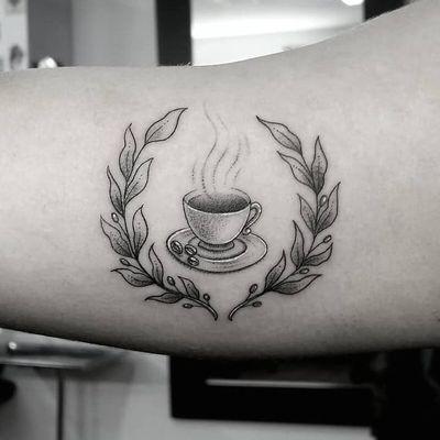 I <3 you coffee! Tattoo by Katleen #katleen #katleentattoo #coffeetattoos #illustrative #linework #coffee #caffeine #leaves #nature #branch #coffeebeans #coffeecup #cup