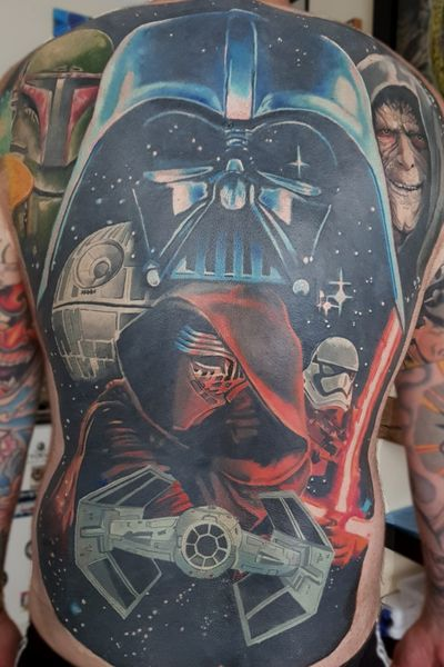 Completed Star Wars back piece on Craig. #starwars #darthmaul #theforceawakens #rogueone #battlefront #anewhope #thelastjedi #stormtrooper #KyloRen #stormtrooper #tiefighter #deathstar #bobbafett #HanSolo #backpiece #colortattoo #realism