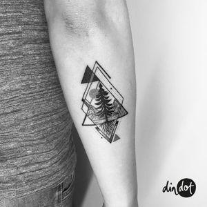 andreadindon@gmail.com for bookings✨ . . . #dindot_tattoo #tattoo #dotwork #dotworktattoo #blacktattooart #blackink #tattrx #amazingink #tattedup #inkedup #wiilsubmission #blacktattoo #blacktattoonow #dotworkers #linework #blackworkers #tattoofilter #tattooart #blxckink #btattooing #theblackmasters #onlyblackart #darkworkers #tattoomobile #berlintattoo #tattooberlin