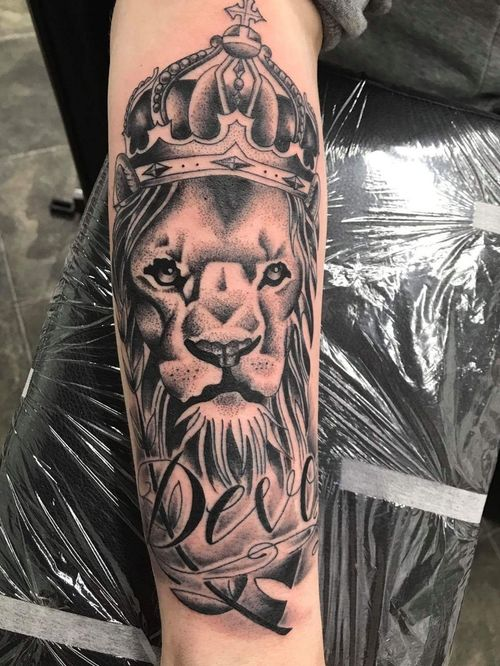 My biggest tattoo piece to date. Done by Christine at Dino's in Weston-super-Mare.