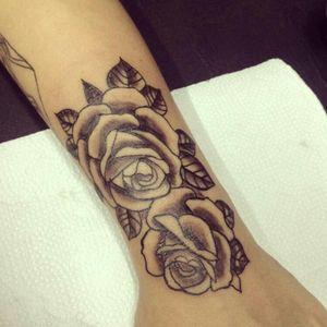 #rosa #roses #tattoobr #brasiltattoo #RosasTattoo