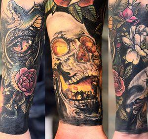 • Healed • Sleeve in Progress ———————————— #blackcatink #lafinca #algorfa #costablanca #sorrymom #sorrymomambassador #worldfamousink #neotraditional #thebestspaintattooartists #thebesttattooartist #tattooistartmag #tattooistart #skinartmag #tattoosnob #tattooartists #inkedmag #inked #bcnttt #radtattoos #neotraditonal #tattoo #tattooartist #Alicante #worldfamousink #dragon #skull #sleeve #sleeveideas #neotrad #neotradsub
