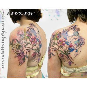 Soul Below #ink #inked #tattoo #tatouage #art #watercolourtattoo #watercolor #graphictattoo #geometrictattoo #aquarelle #deexen #deexentattooing #abstracttattoo #wctattoos #TattooistArtMag #skinartmag #killerinktattoo #TattooistArtMagazine #bestwatercolourtattooers #d_world_of_ink #ikodeluxcustom