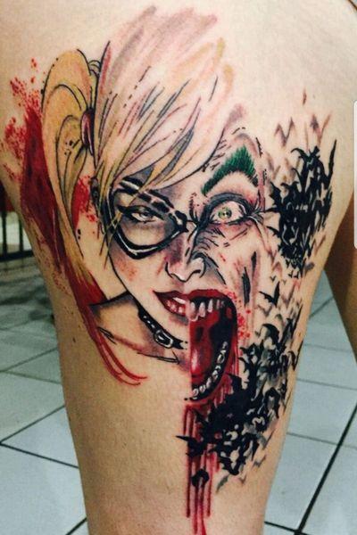 Trabalho Premiado na convencao: Tattoo Attack -Ribeirão Preto #DCTattoos #dccomics #jokertattoo #arlequina #harleyquinntattoo #coringa #watercolortattoos #watercolortattoo #watercolor