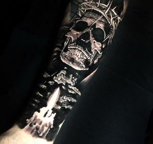 Completed a sleeve today with this piece #tattoo #tattoos #tattooartist #BishopRotary #BishopBrigade #BlackandGreytattoo #QuantumInk #ImmortalAlliance #SullenClothing #SullenArtCollective #Sullen #SullenFamily #TogetherWeRise #ArronRaw #RawTattoo #TattooLand #InkedMag #Inksav#BlackandGraytattoo #tattoodoapp #tattoodo #candle #skull #thorns #bolton #manchester