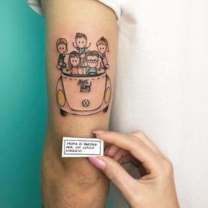 Tattoo by Ferrarini Serena #FerrariniSerena #cartattoos #volkswagon #car #family #dog #cute #illustrative #linework #fineline #pattern #portrait