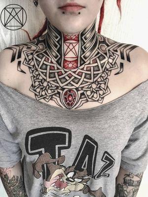 #mandalas #mandalas #tattooGirls #dotworktattoos #darkartist
