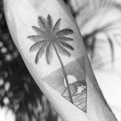 By #DominikThewho #summer #holidays #palmtree #wave #sun #linework #blackwork