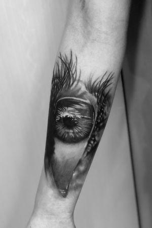 Eye zoom Done using #inkjecta #aloetattoo #Intenzetattooink and #hardcraftcompany