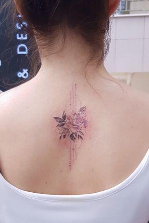 🌸 #tattoo #tattoos #tattooed #tattooist #tattooart #tattooistartmag #tattooink #tattoodesign #flower #flowers #flowerstagram #inkart #art #drawing #instaartist #design #designs #colortattoo #instaartist #flowerstattoodesign #artist #artwork #rose #rosetattoo #roses #linetattoo #linearts #flowergram #flower #flowerlover