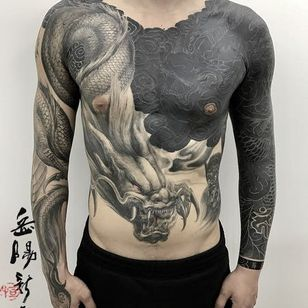 tattoo by heng yue #hengyue #dragon #whiteinkonnblack