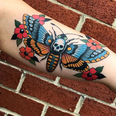 Tattoo by Gary Gerhardt #GaryGerhardt #deathmothtattoos #color #traditional #moth #death #skull #wings #insect #animal #flowers #floral