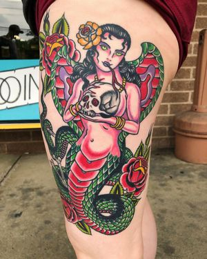 If you've got fangs than sink them in, a healed up shot of Kendall's snake sorceress lady - by Rob Hamilton @robhamiltontattoo _____________________ #tattoofaction #cle #thisiscle #snakelady #snaketattoo #whateverittakes