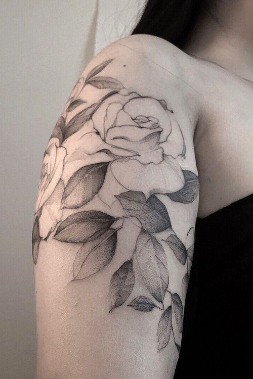 #rosestattoo #botanicaltattoo #flowerstattoo