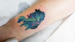 Iceland and nordic lights. Fun tattoo.  #iceland #ICELANDMAP #nordiclights #nordiclightstattoo #vegantattoo #veganink #balmtattoo