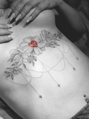 🌌#tattoo #tattoos #tattooed #tattooist #tattooart #tattooistartmag #tattooink #tattoodesign #star #galaxy #nature #inkart #art #drawing #instaartist #design #designs #sky #instaartist #flowerstattoodesign #artist #artwork #rose #rosetattoo #roses #linetattoo #linearts #flowergram