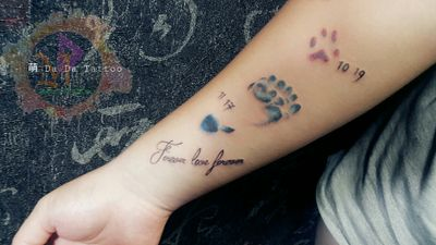 #寶寶寵物腳印Tattoo 🔸 英文字句 👣 🐾 #Taiwan #Tainan #Tattoo #Designer #Meng #DaDa #Simple #style #tattoo #Korean #style #tattoo #Girl #tattoos #European #American #tattoos #English #Word #Creative #Unique #Customers can specially design tattoo #Lipstick #Electrocardiogram #台南女刺青師FB陳宥璇 https://www.facebook.com/profile.php?id=100000246831895 #萌DaDatattoo粉專連結 https://www.facebook.com/shiuan79/ #LINE萌噠噠 : 🆔 shiuan79 #LINE:ID連結網址☞http://line.me/ti/p/Eb-zaYDGdt #您的刺青故事由萌DaDaTattoo幫您完成雖然我們不是最優秀的但我們會盡我們所能為您們服務到最好🤗