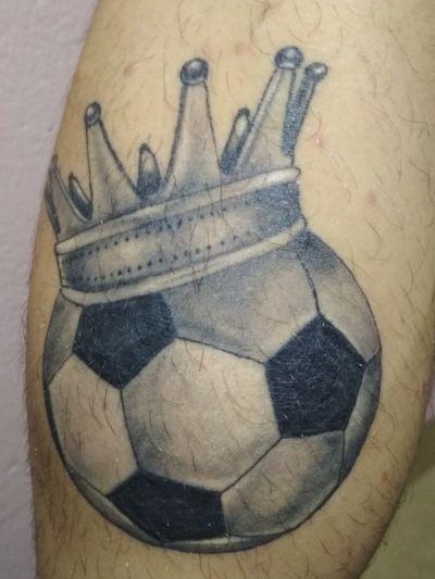 #football#foottattoo#ball#crown#crowntattoo