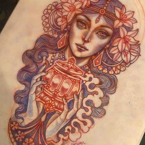 Illustration by Lynn Akura #LynnAkura #illustration #tattooflash #lady #ladyhead #hands #pattern #lantern #smoke #flowers #floral #portrait #pearls
