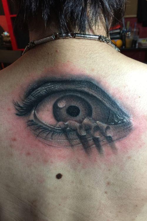 The eye. Design taken from a movie poster. Black and grey piece. IG:@eric_artistica FB: www.facebook.com/MR.INK #blackandgreytattoo #horrortattoo #balmtattoo #balmtattoosg #balmtattoosingapore #balmtattooartist #balmtattooteamsg #dragonbloodbutter