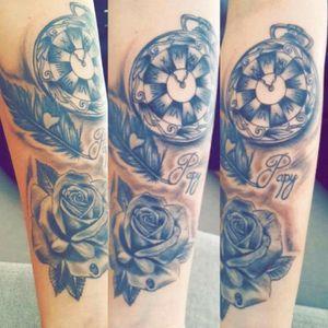 Mon dessin (horloge) tatoué par Damien Leroux, tatoueur à Pavilly 76360!