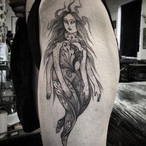 Tattoo by Nomi Chi #NomiChi #blackwork #illustrative #linework #dotwork #lady #leaves #body #floral #nature