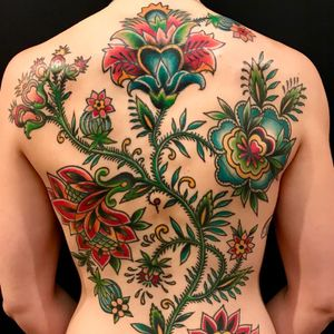 Tattoo by Virginia Elwood #VirginiaElwood #flowertattoos #flowers #floral #backpiece #coverup #folktraditional #leaves #nature #color
