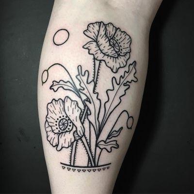Tattoo by Meg Tuey #MegTuey #meggsaadsandwich #flowertattoos #linework #illustrative #flowers #floral #leaves #shapes #triangle #nature