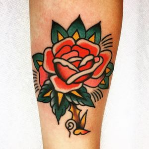 Tattoo by Jason Ochoa #JasonOchoa #flowertattoos #rose #flower #floral #leaves #thorn #nature #Traditional #color