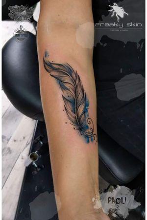 #feather #feathers #watercolor #woman #beautiful #paoli #freakyskin #love