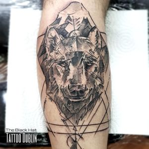Mondays are always Mondays no matters what you've done during the weekend you always have to be back to work right 😜... at least we have some nice ink to share with you! Enjoy and take care. . #blackhatteam #blackworktattoo #blackworkerssubmission #wolftattoo #tattoodublin #tattoodo #bestofdublin #besttattooartist