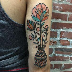 Tattoo by Henry Hablak #HenryHablak #folktraditional #color #illustrative #flowers #floral #leaves #vase #pottedplant #nature #pattern #dots