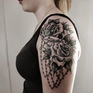 Blackwork European traditional old school neotraditional roses girls shoulder tattoo