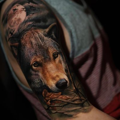Tattoo by Yomico #Yomico #hyperrealism #realism #realistic #wolf #animal #forest