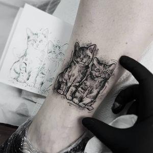 Small tattoo #dotworktattoo #blackwork #thebesttattooartists #featured